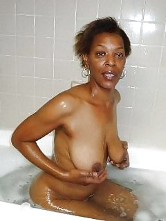 Black Mature Big Boobed Ebony