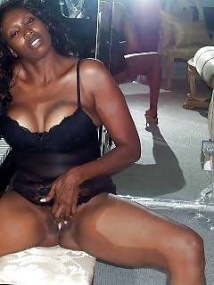 Real Black Moms Ebony Handjob Vid