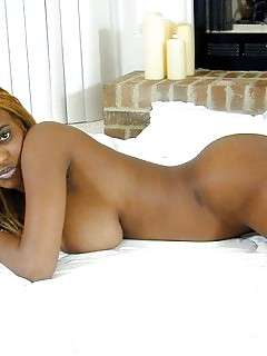 Naked Africa Big Booty Ebony