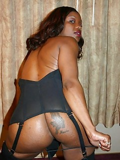 Dirty Babe Brandi Coxxx Has Her Fatty Round Butt Plowed Hard In This Delightful Black Porn