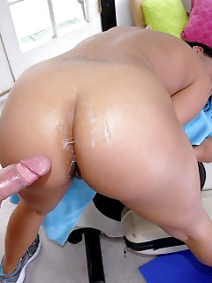 Thick Booty Black Beauty Rammed Hard In This Treadmill Sucking Cumfaced Real Fuck