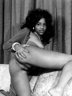 Ebony Vintage Cuties Black Woman