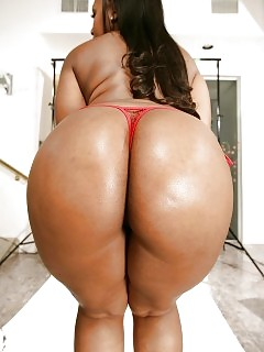 Black Booty Big Boobed Ebony